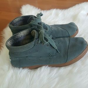 TOMS womens blue/gray suede ankle flat boots 6.5